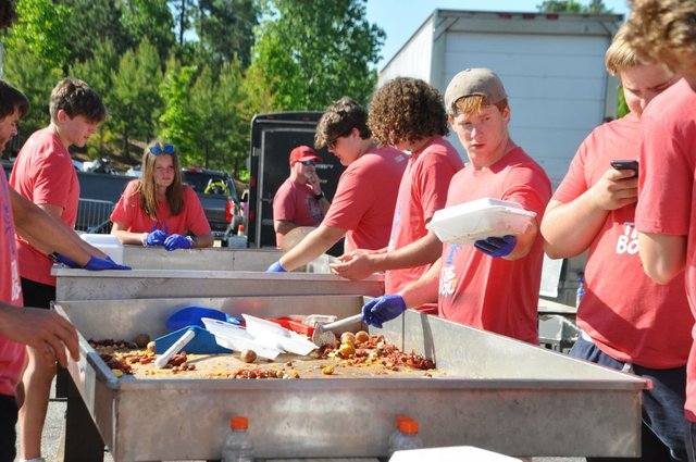 210425_Hope_for_Autumn_Crawfish_Boil7