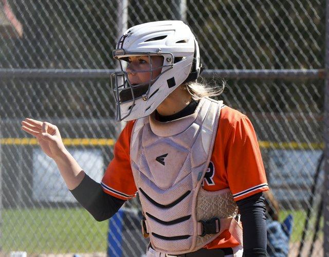 Husky Round Robin Softball