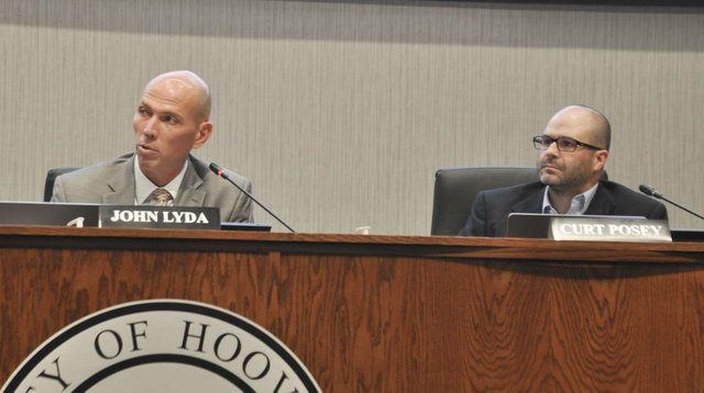 210823_Hoover_council_JA