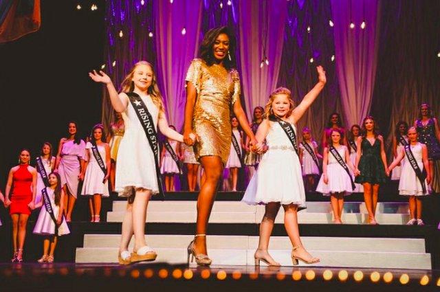 Miss Hoover Rising Stars 2021.jpg