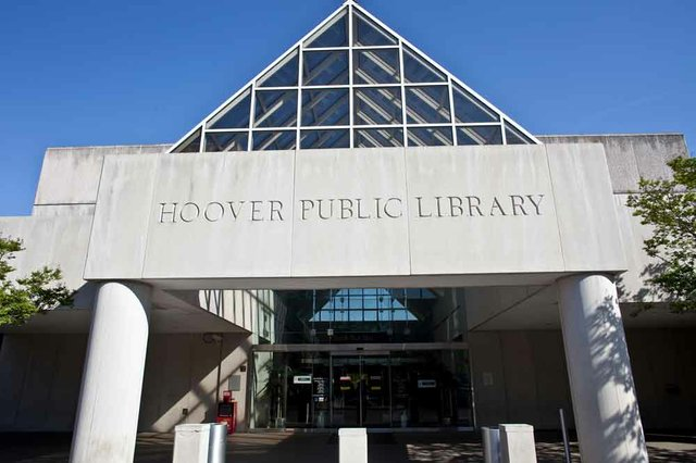 1012 Hoover Public Library building