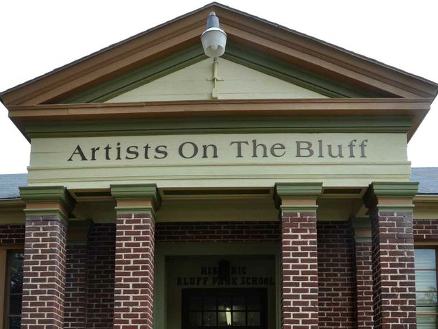 1012 Artists on the Bluff Sign