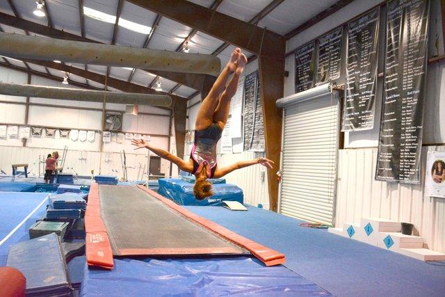 SUN-FEAT-Gymnast4.jpg