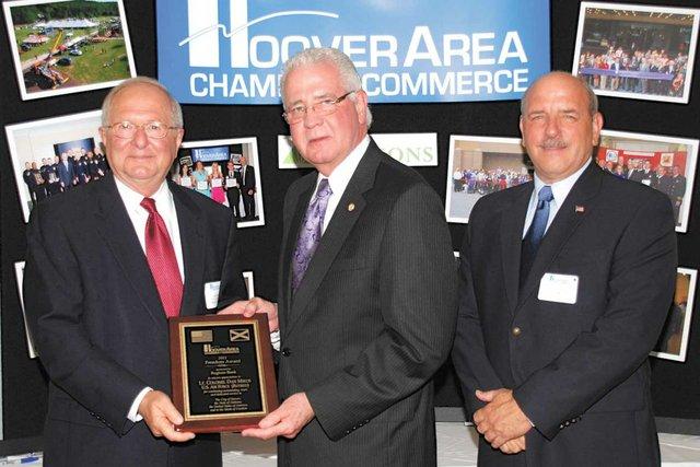 COMM-chamber-award.jpg