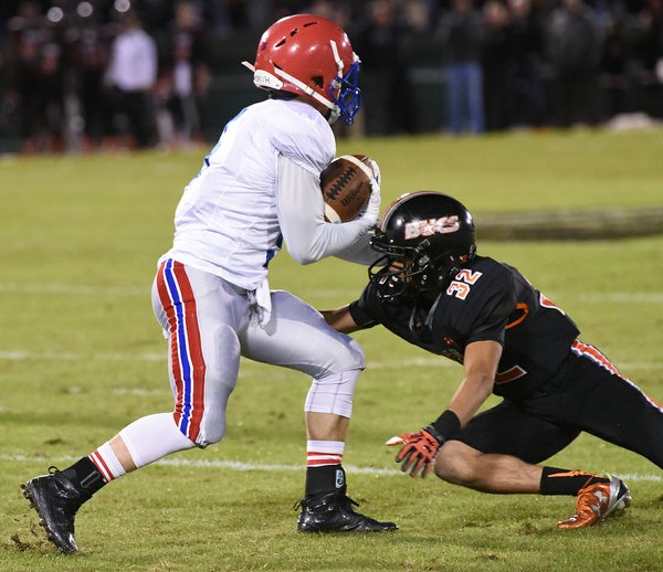 Vestavia at Hoover 7A playoffs38.JPG