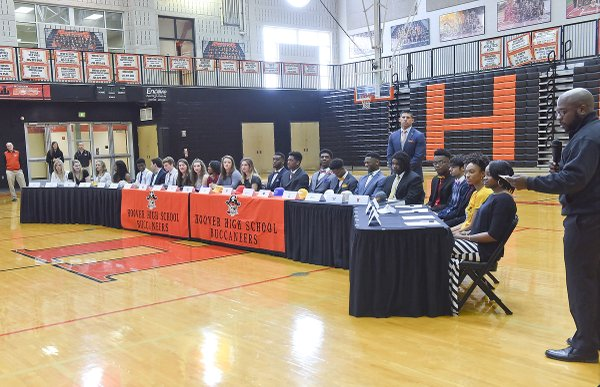 2016 Hoover Signing Day29.JPG