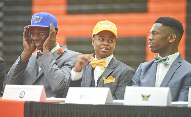 2016 Hoover Signing Day31.JPG