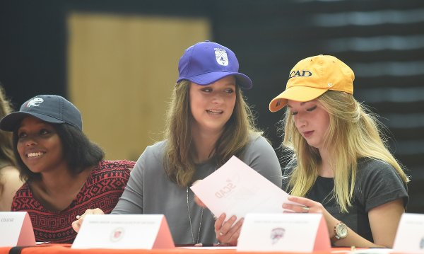 2016 Hoover Signing Day33.JPG