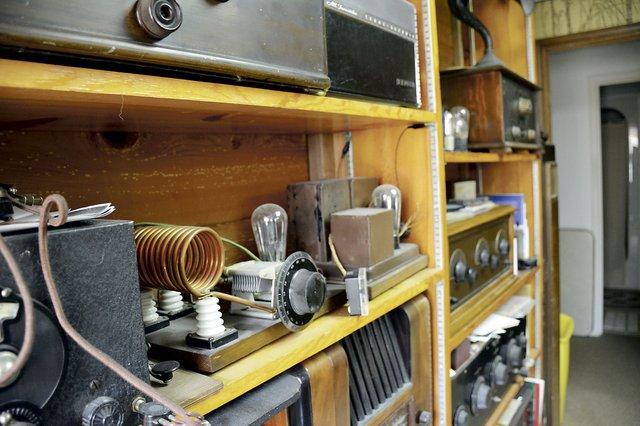 SUN-FEAT-HamRadio4.jpg