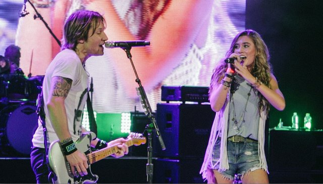 Bailey Ingle and Keith Urban (1)