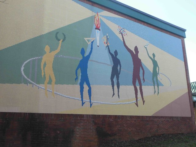 Old Berry High mural Nov 2015