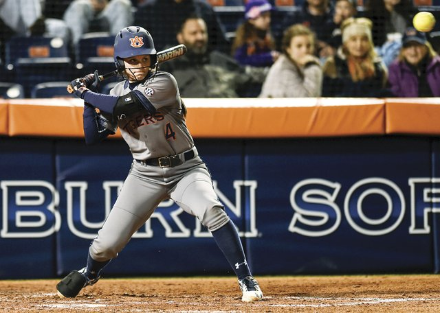 280-HV-SPORTS---Auburn-Softball-Madi-Gipson.jpg