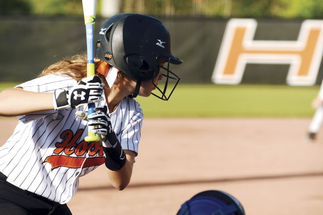 SPORTS---Hoover-Softball_Shelby.jpg