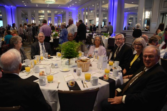 Mayor's Prayer Breakfast 2016 New Horizons