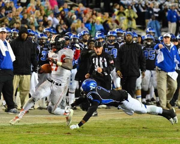 Football Bucs 2013 state title 19