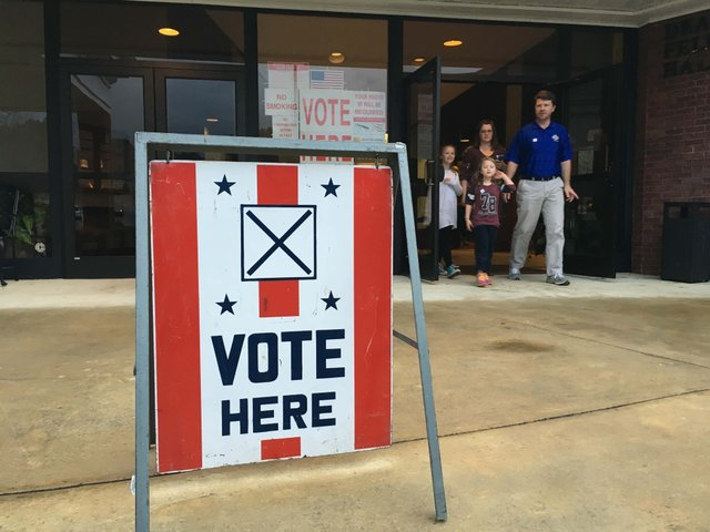 Hoover polling place March 2016