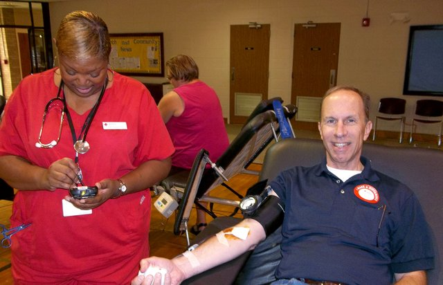 280-SUN-EVENT-Laura-Langley-blood-drive.jpg