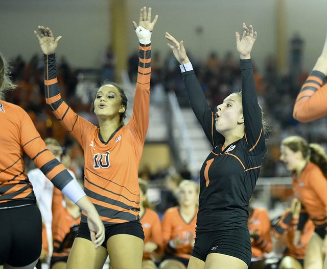Hoover Loses In Quarterfinal Match.JPG