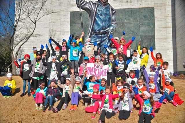 Riverchase Elementary participates in Kids Mercedes Marathon