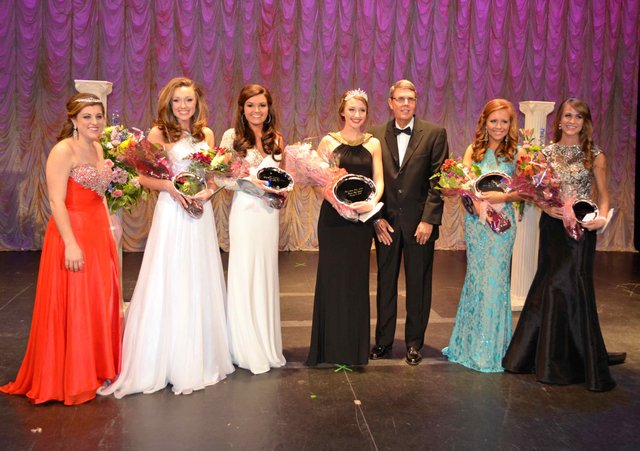 Hoover High's 50th Beauty Walk chooses Miss Senior Class 2014