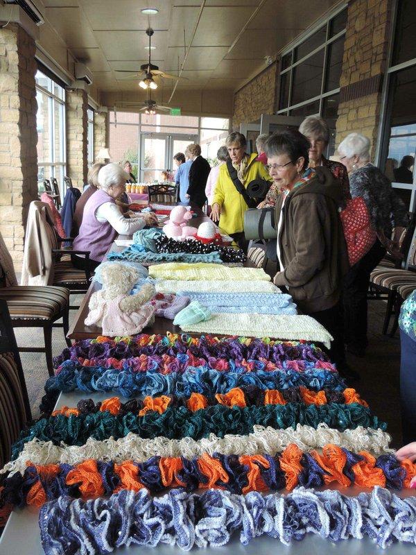 SUN-EVENTS---Hoover-senior-center-craft-event.jpg