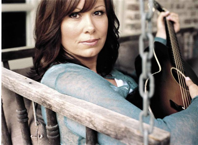 Grammy-winning artist Suzy Bogguss coming to Library Theatre